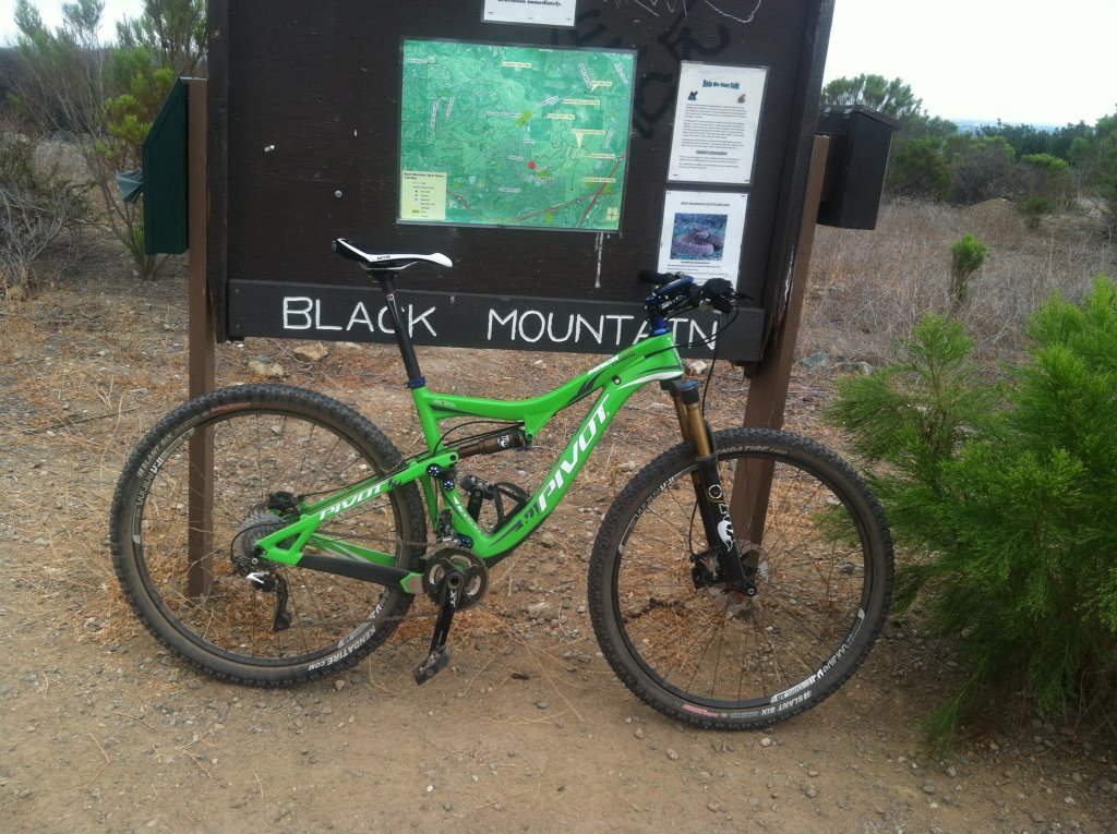 Post Pictures of your 29er-pivot.jpg
