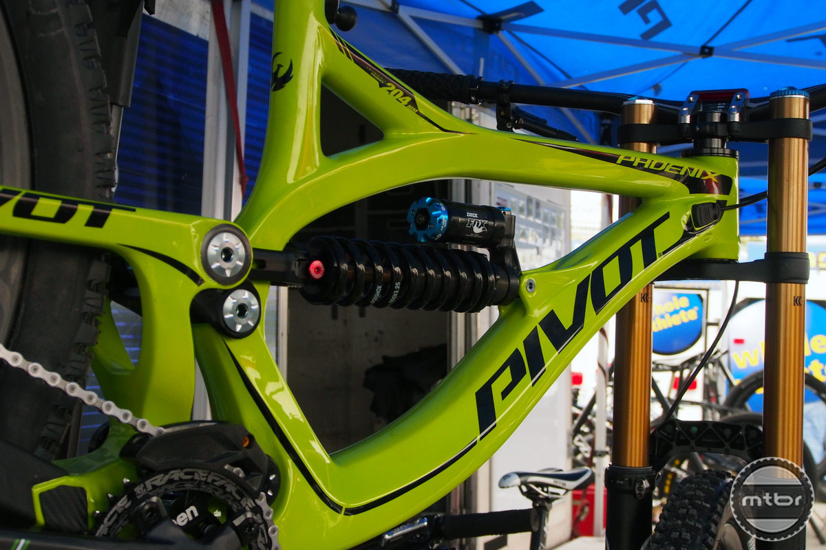 Pivot Phoenix 27.5 Downhill Bike