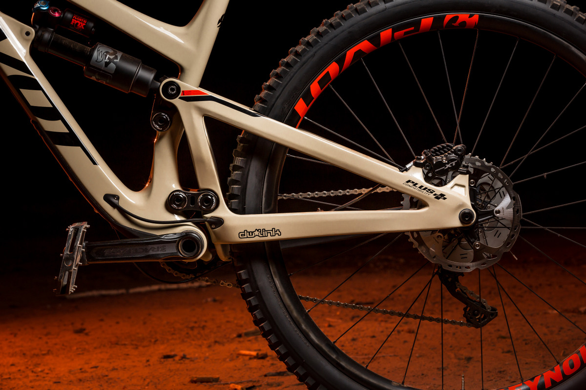 The DW-Link rear suspension is clean, stiff and efficient