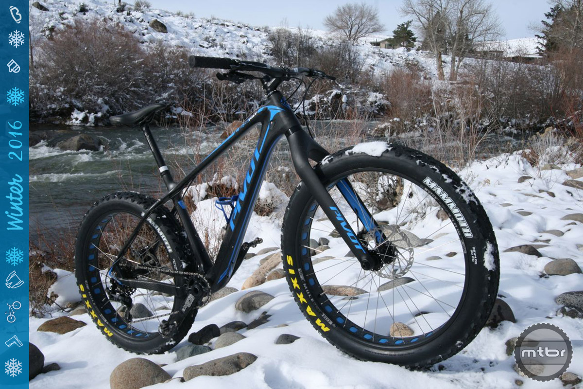 """The LES Fat weighs in at 27.5 with 26x4"""" tires."""