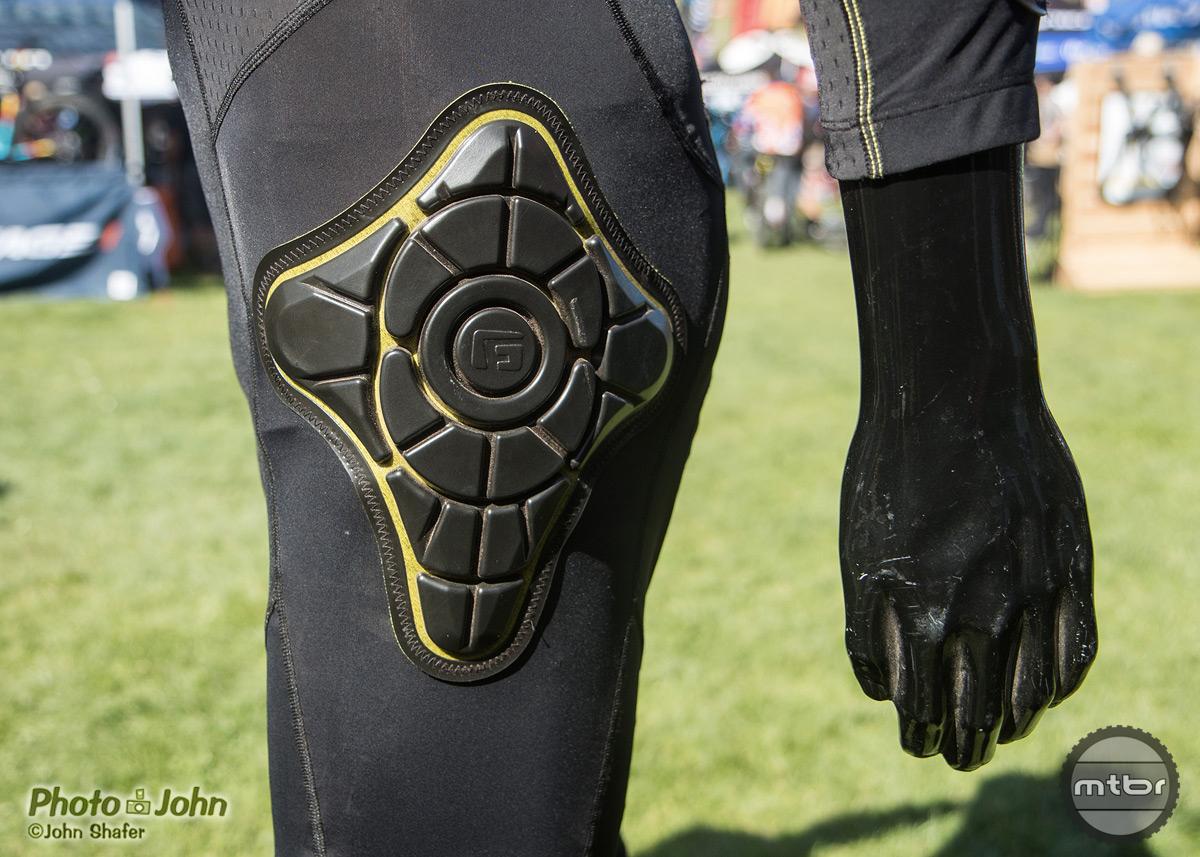 G-Form shows Elite Knee and Elbow Guards, plus Padded Bib - Mtbr.com