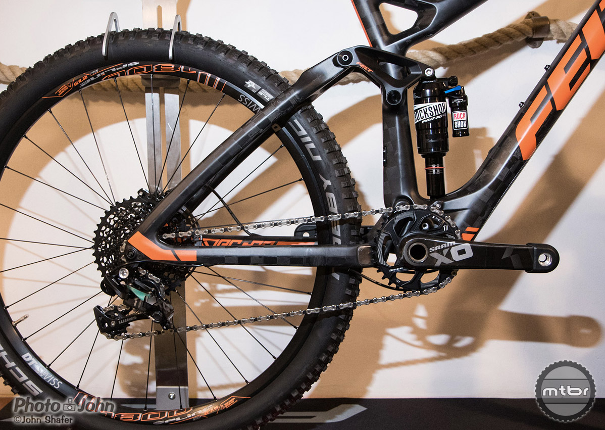 FAST (Felt Active Stay Technology) flex stay suspension with one-piece rear triangle on Felt's new carbon Decree trail bike.