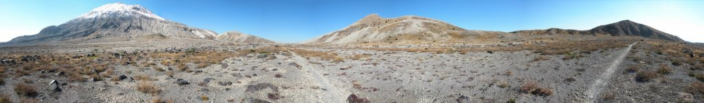 Ride Report - Mt Saint Helens (Ape Canyon / Plains of Abraham)-plains-abraham-panorama-2048x302-.jpg