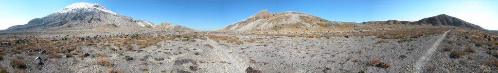 Ride Report - Mt Saint Helens (Ape Canyon / Plains of Abraham)-plains-abraham-panorama-2048x302-.jpg