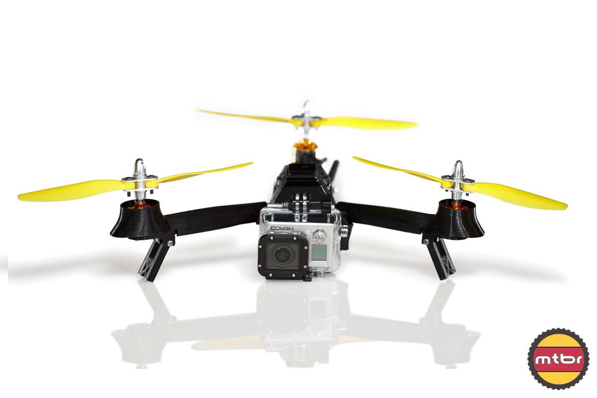 Commander drone parrot fpv bebop 2 et avis drone camera nantes