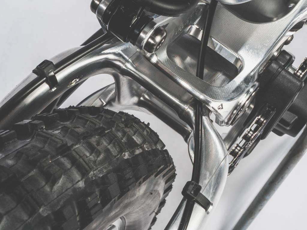 Pole Machine-pole-machine-tire-clearance.jpg