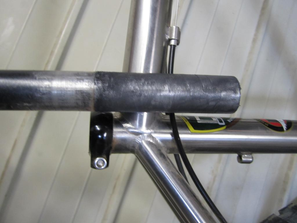 FLY Ti 29er frame crack-post-frame.jpg