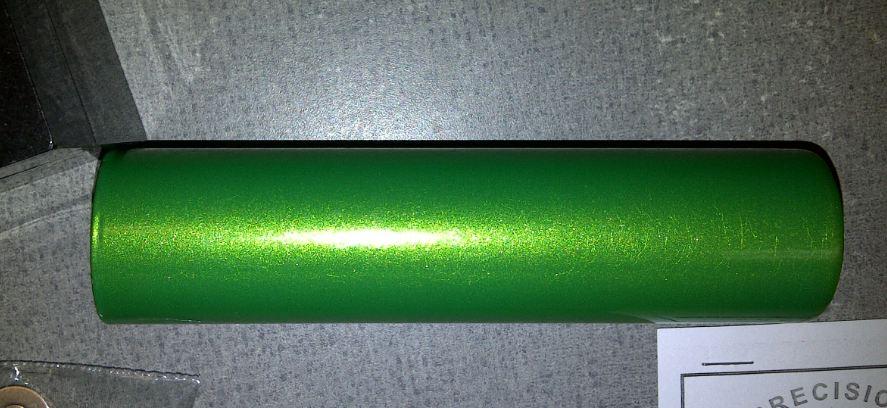 Powder coating metallic green