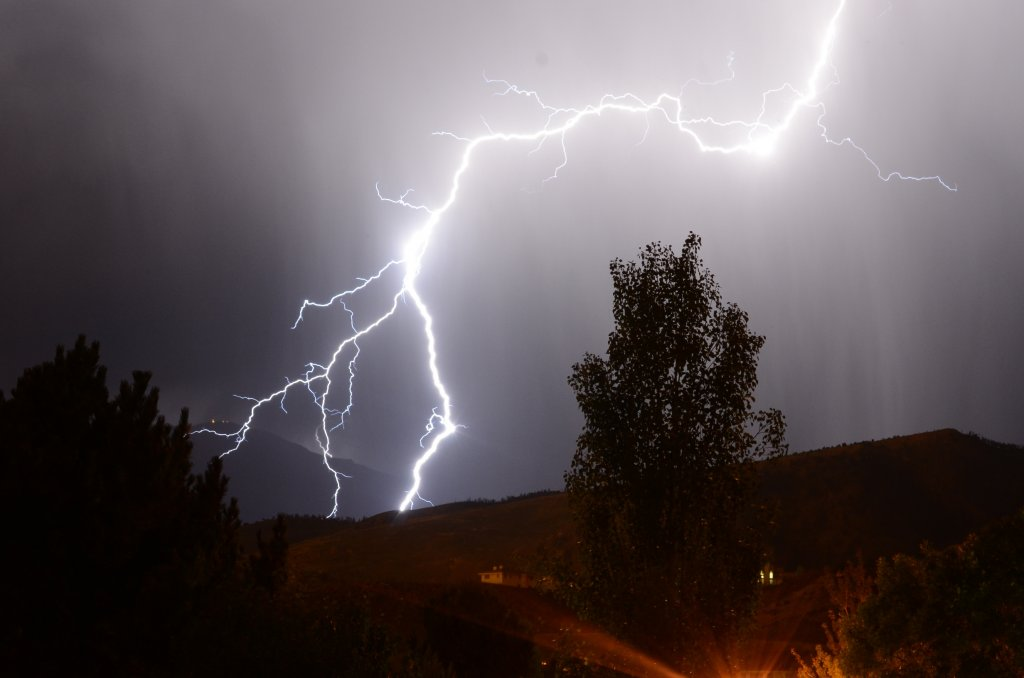 How about lightning?-pqp_1358.jpg
