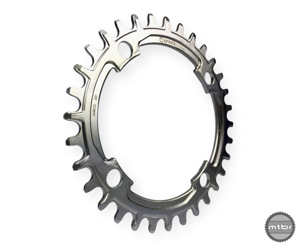As with their other chainrings, this product shares a narrow/wide tooth profile and is designed for use with 10/11 speed drivetrains.