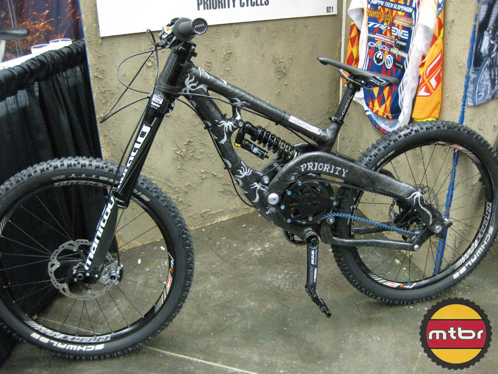 Priority Cycles Carbon DH racer