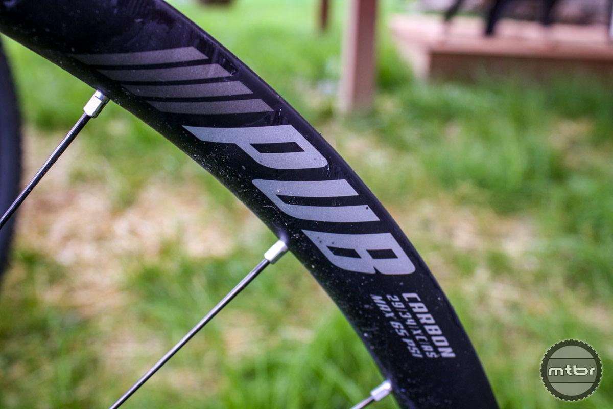 PUB 934 XC Race Wheelset Logo