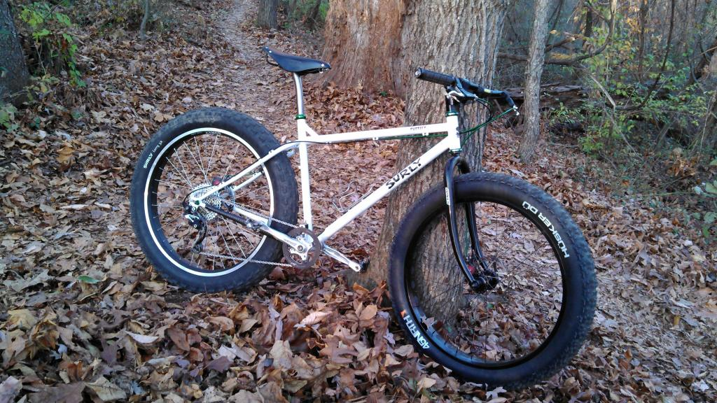 "Fat ""Trail"" Bikes-pug-w-jones.jpg"