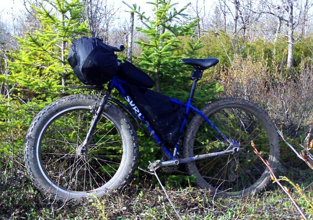 Post your Fat-Bikepacking setup!-pugmonkey-packed-muddycropped.jpg