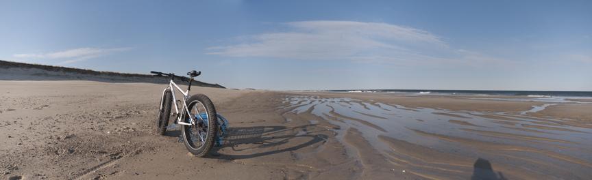 Beach/Sand riding picture thread.-pugs%40thebeach_3.jpg
