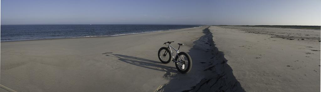 Beach/Sand riding picture thread.-pugs_monomoy.jpg