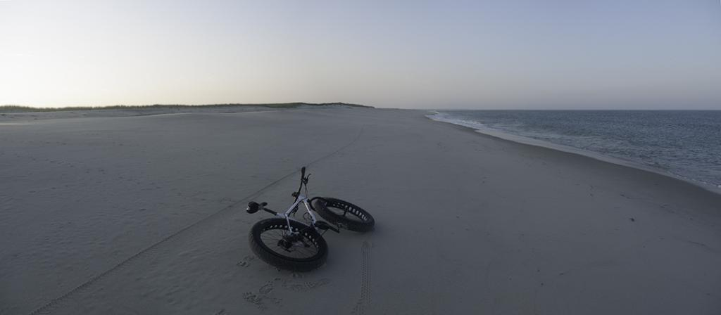 Beach/Sand riding picture thread.-pugs_monomoy_03.jpg