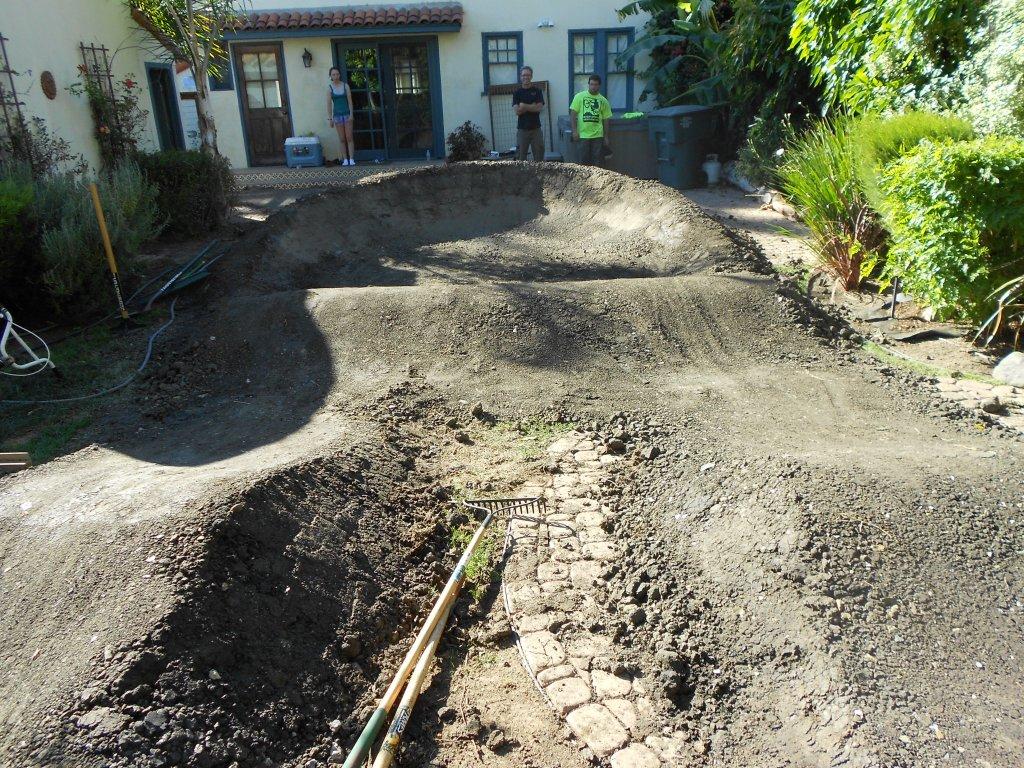Backyard Pumptrack- Mtbr.com