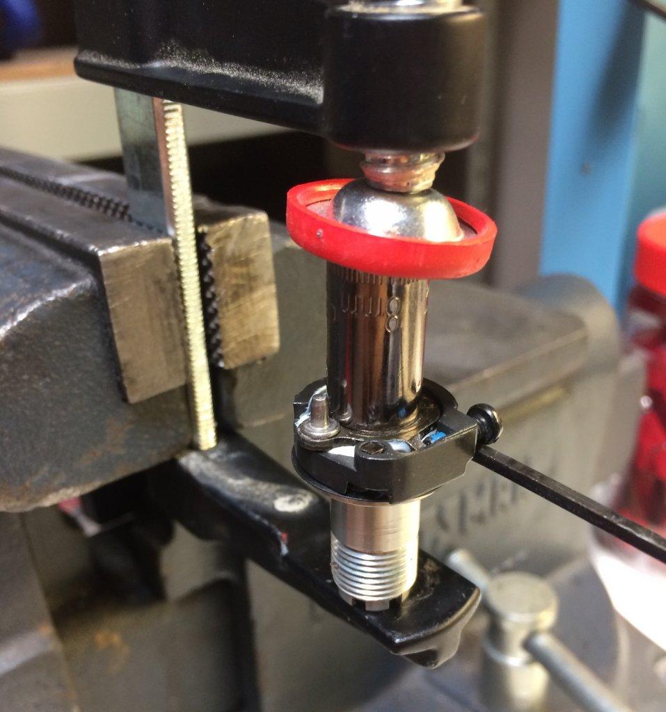 How to service XTR V brakes.-putting_back_together.jpg