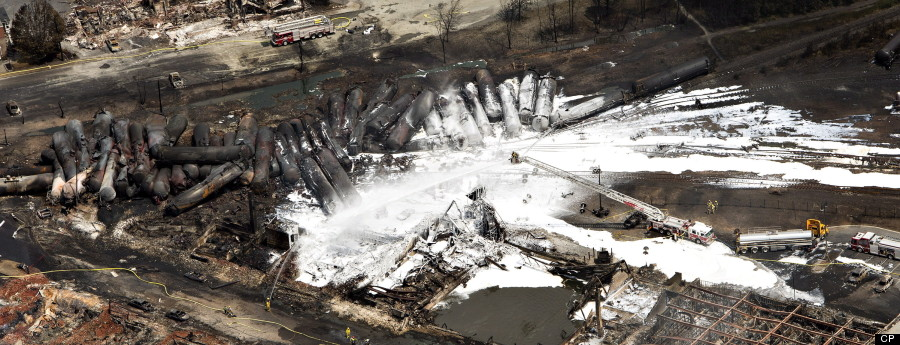 train derailment-r-lac-megantic-huge.jpg
