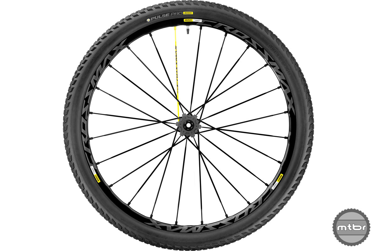 Wheels come in 27.5 and 29er versions, with or without boost.