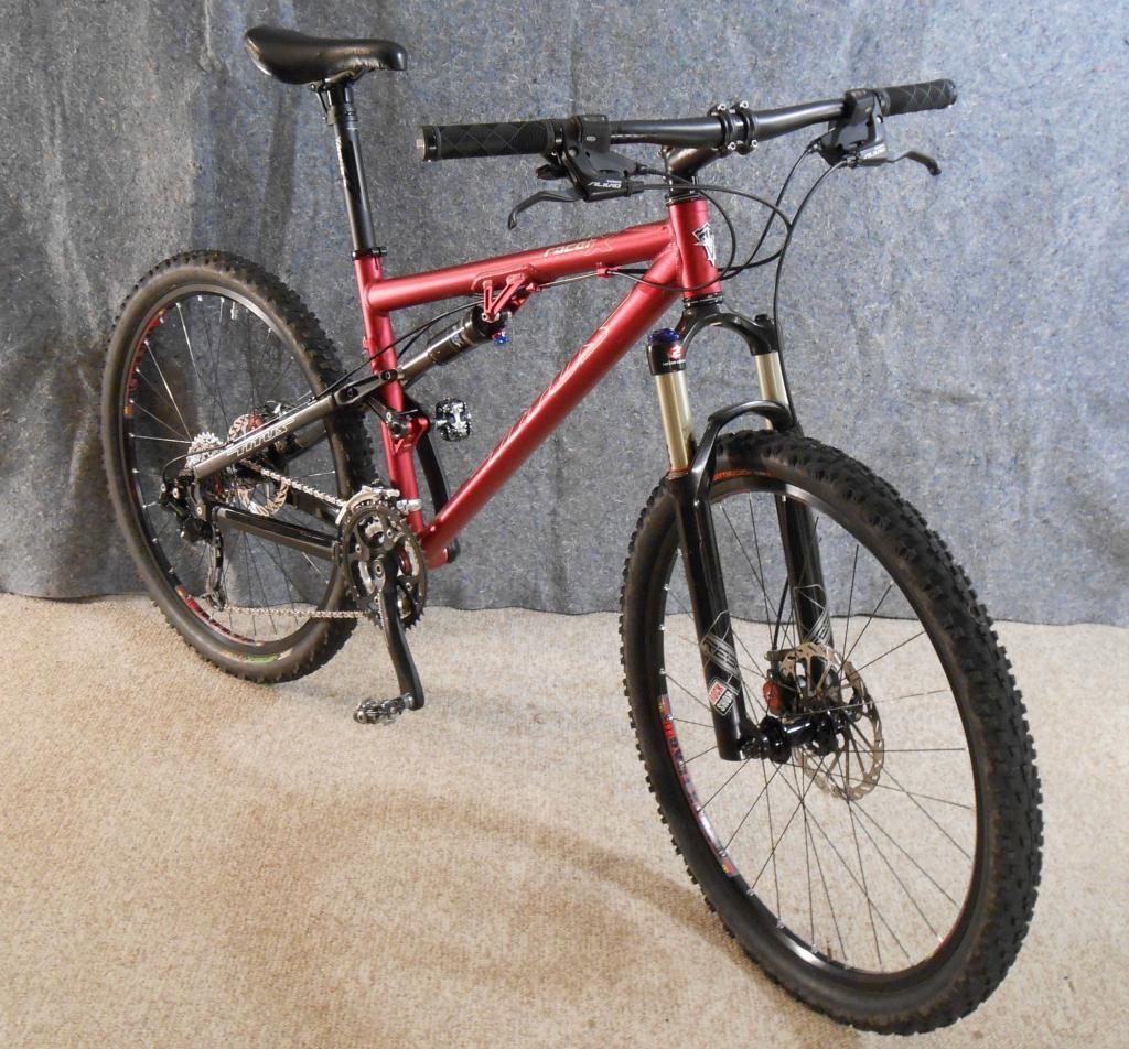 Titus Bike Pr0n-racer-x-limited-28se16a.jpg