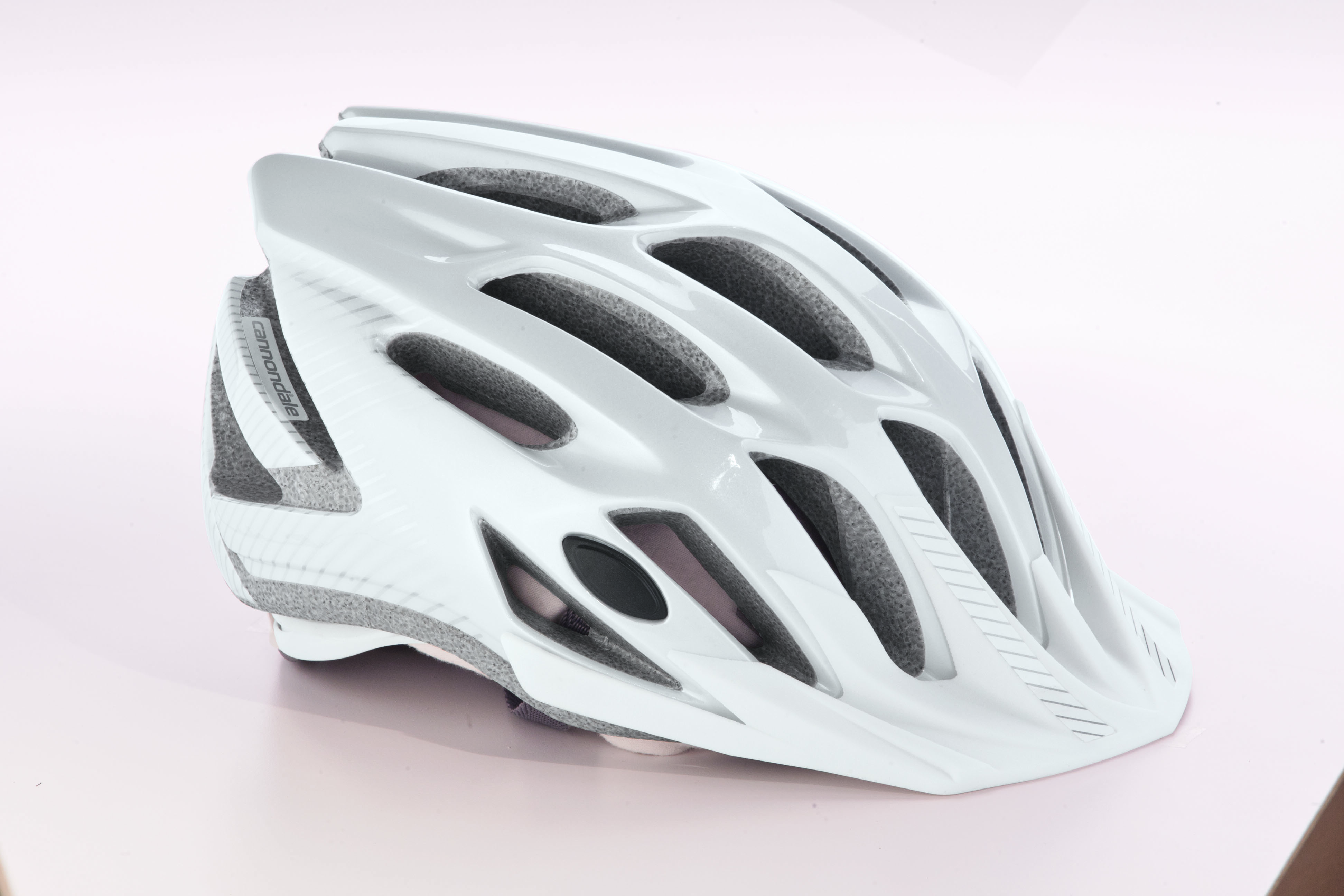 Cannondale Radius Gloss Mag White and Fine Silver