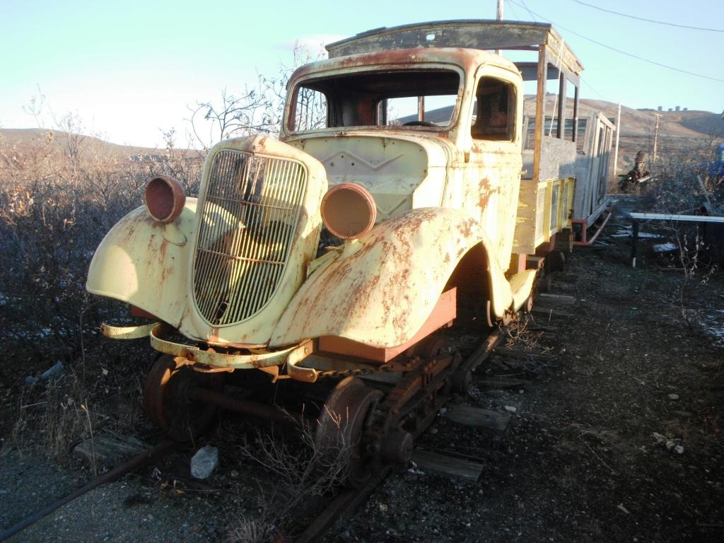 The Abandoned Vehicle Thread-rail-motorcar2.jpg