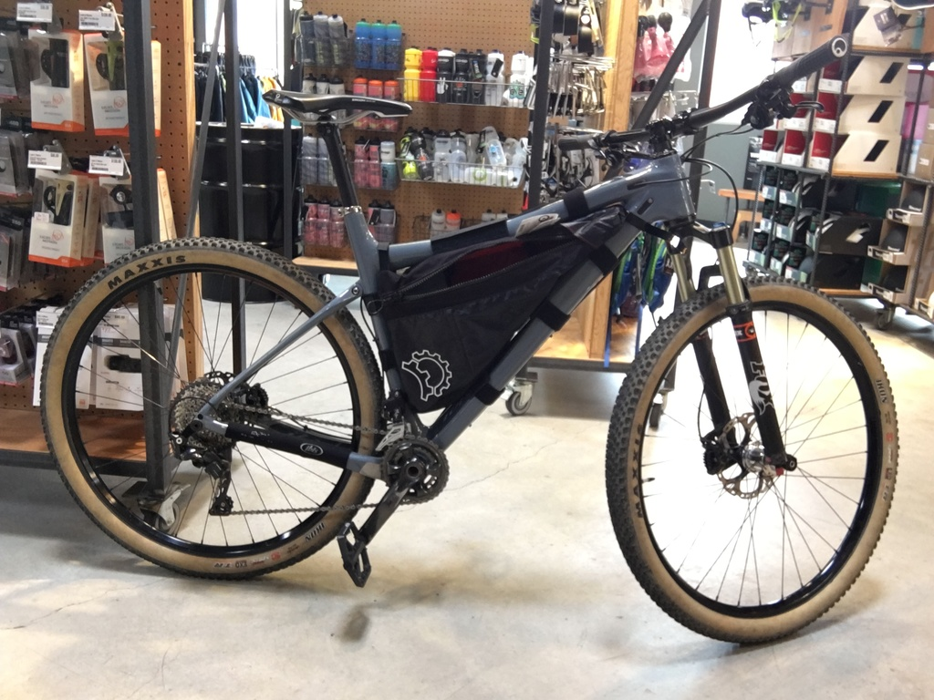 Get the pack mass lower on a full suspension bike?-rangerbag.jpg