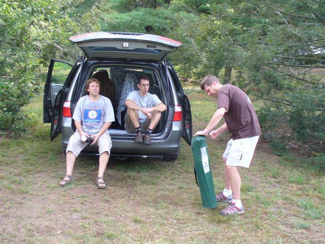 Post up your vans/mini-vans that haul your rigs-rcst-bash-08-006.jpg
