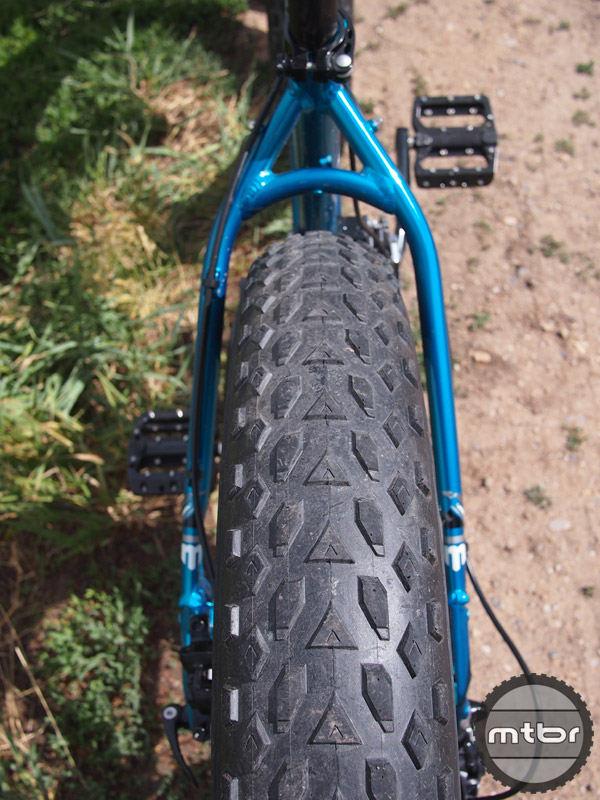 Mongoose Argus Rear Tire Clearance