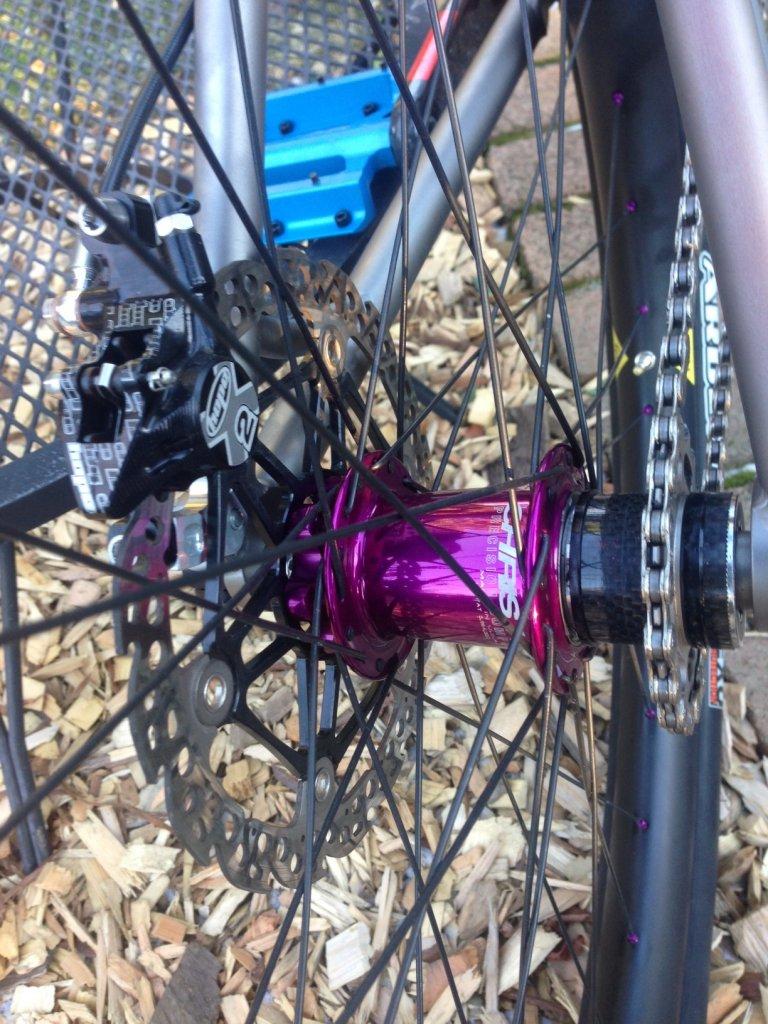 Custom Vulture Ti All Mountain/Trail SS hardtail-rear-hub.jpg