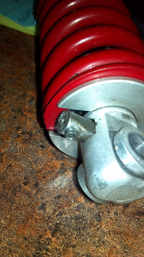 Help me fix my Rock Shox Coupe Deluxe-rear-shock.jpg