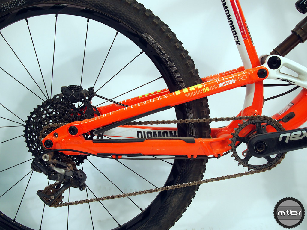 The Knucklebox is the heart of what Diamondback calls their single pivot four-bar suspension platform.