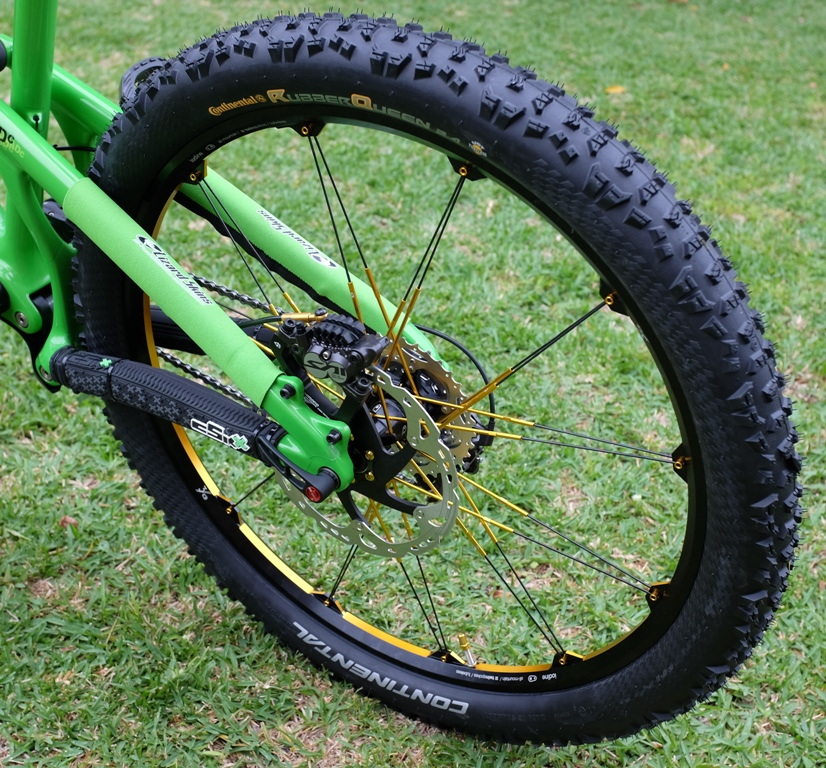 """26"""" vs. 27.5"""" vs. 29"""" Tire size comparison - with pictures-rear-wheel-detail.jpg"""