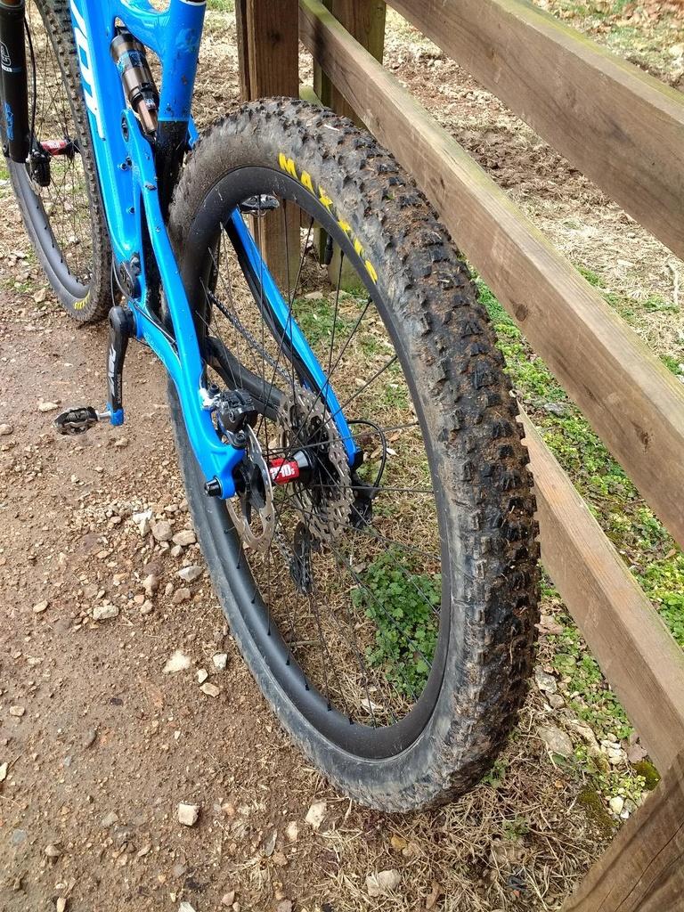 Safest, Reliable Asian Carbon Hoops?-rear-wheel.jpg
