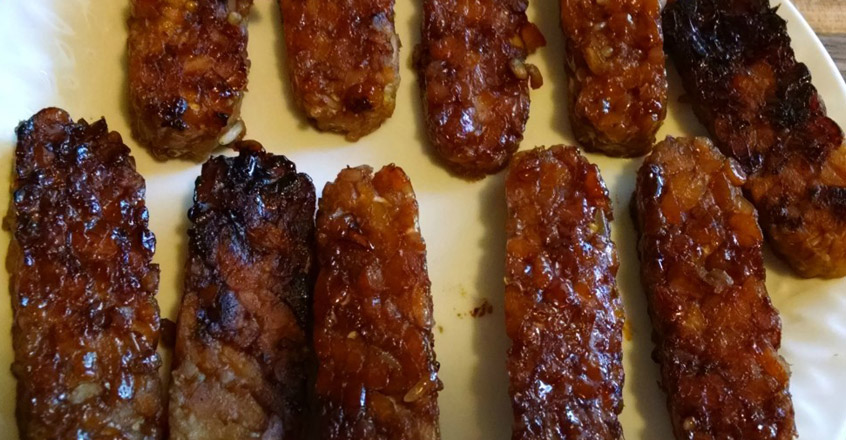 Vegetarian / Vegan / Raw recipes & chat-recipe-smoked-tempeh-bacon.jpg