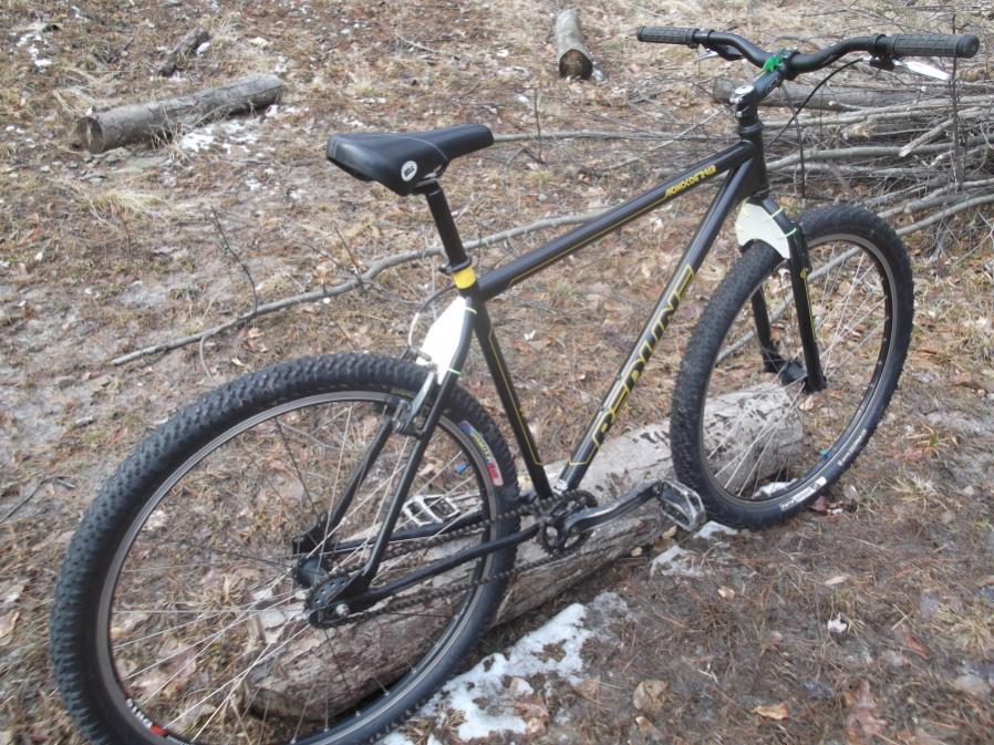 Moosic Mt 4/22/12-redline-mud-scrapers-001_900x900.jpg