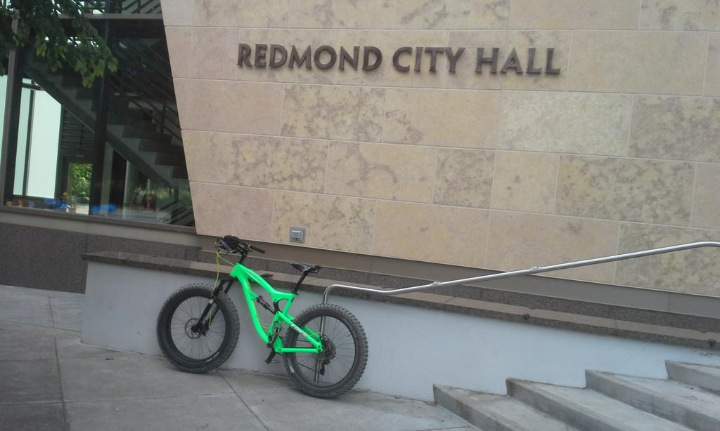 What's do you not like about riding NorCal trails? :)-redmond-city-hall.jpg