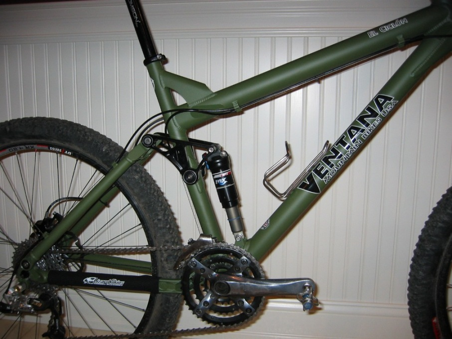 Cracked frame at base of seat tube-refurbed-cyclon-close.jpg