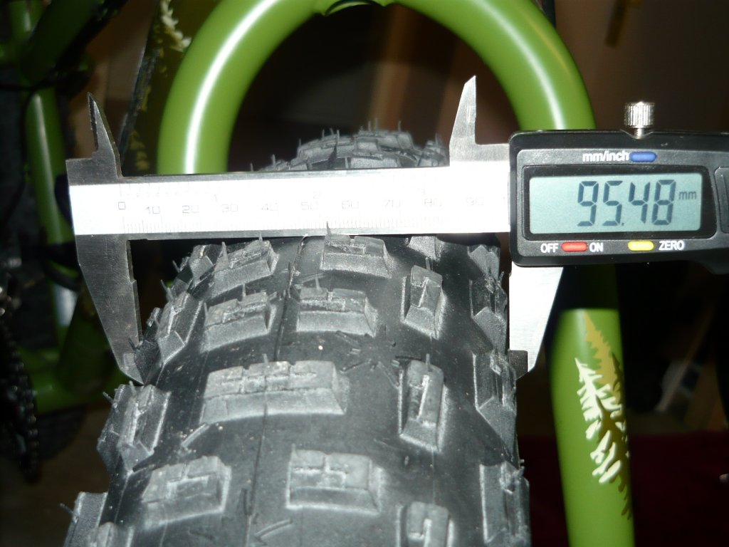 On One Floater Tire Review-resized-mukluk-3-build-014.jpg