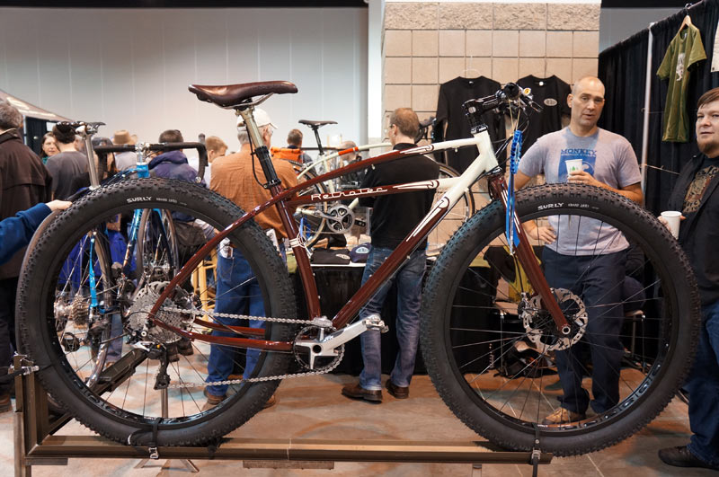Defining VCR-retrotec-29-plus-cruiser-frame-mountain-bike01.jpg