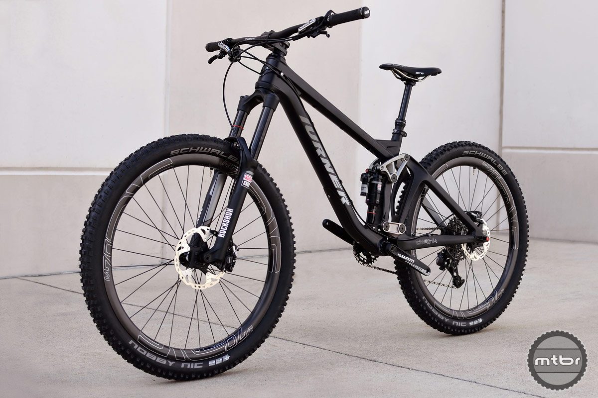 "The RFX returns for 2016 in Toray hi-mod carbon with 27.5"" wheels and 160mm of dw-link suspension."