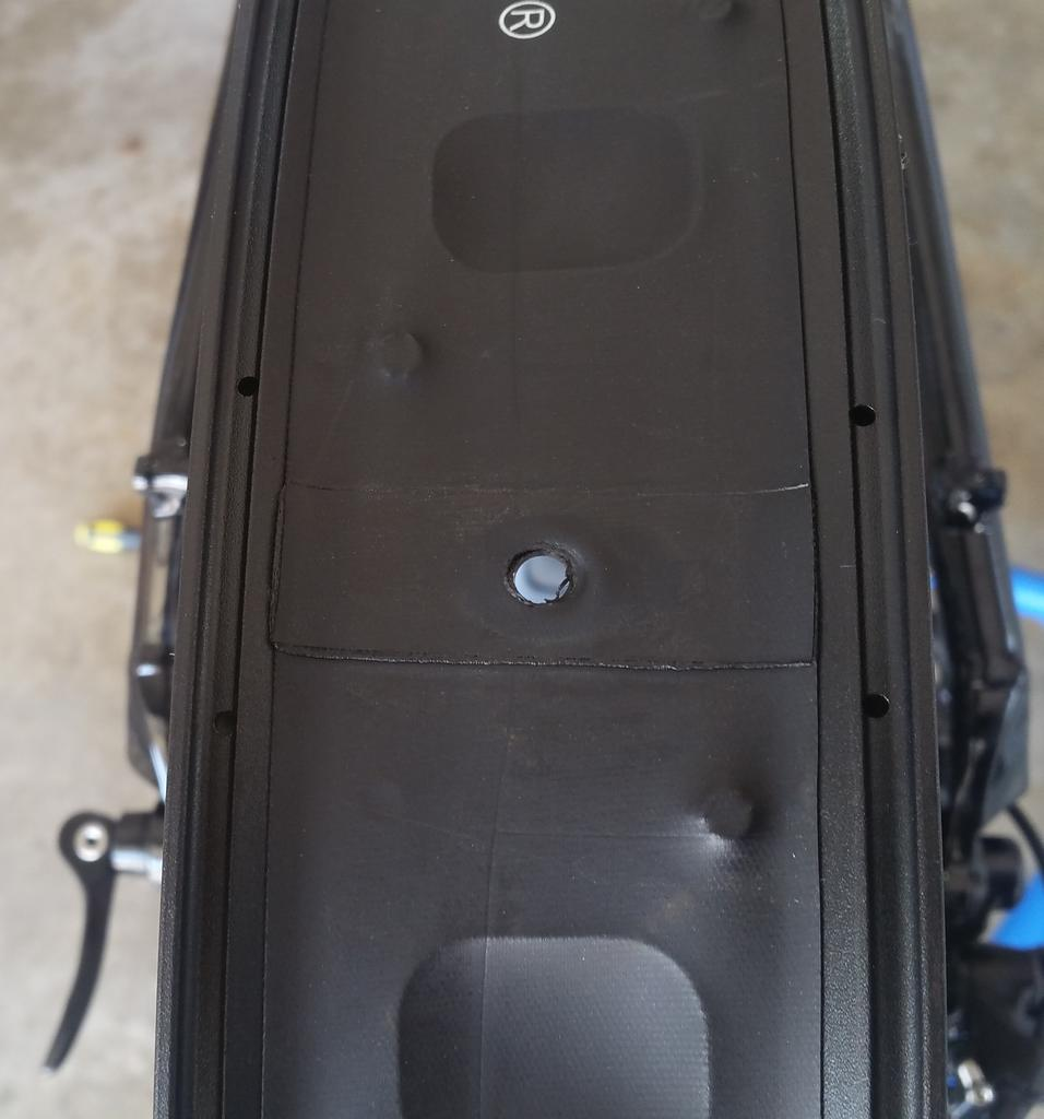Mulefut SL80 rims tubeless-rimholes.jpg