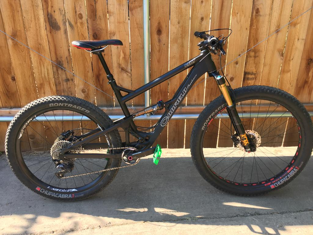 2015 Canfield Brothers Riot 29er FS-riot-right.jpg