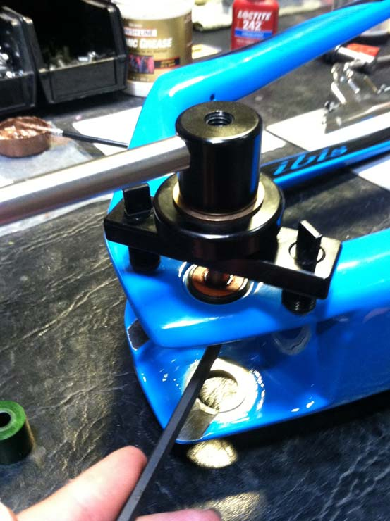 Can anyone recommend a bearing puller/press?-ripley-lower-bearing-