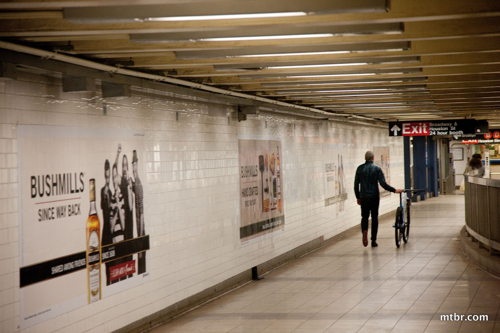 ripley-nyc_subway-07__high-res