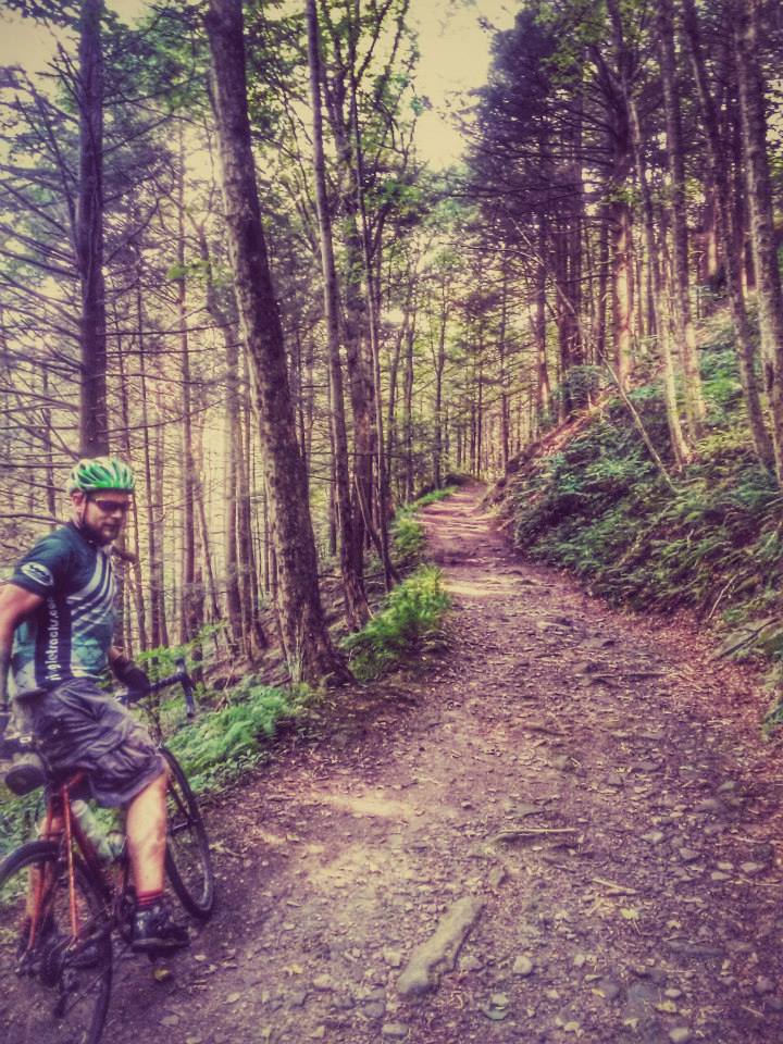 Cross Bikes on Singletrack - Post Your Photos-river-road.jpg