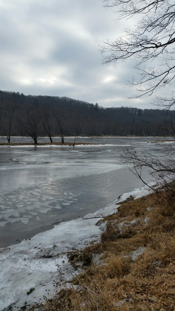 Snow and ice riding picture thread.-river2019-2.jpg