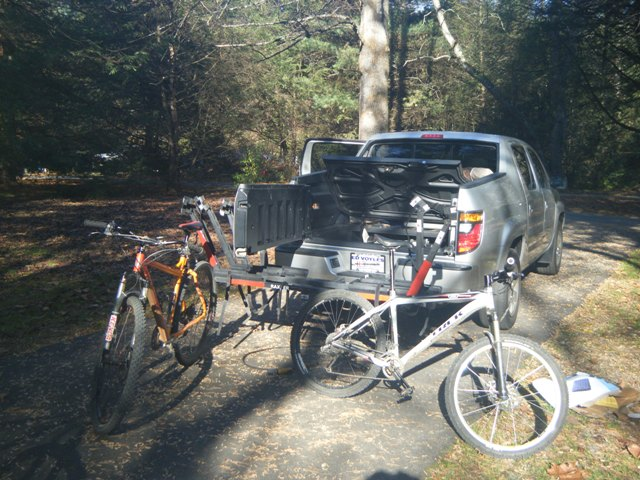 Lovin my Raxter 4-bike rack!-rl-getting-loaded.jpg